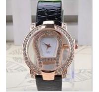 """Moteriškas laikrodis """"Moon"""""""