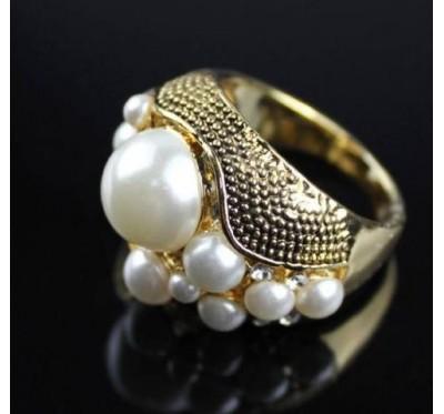 "Žiedas ""Pearl crystal"""